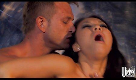 Valeria Visconti seducir-fuente sexo en español latino